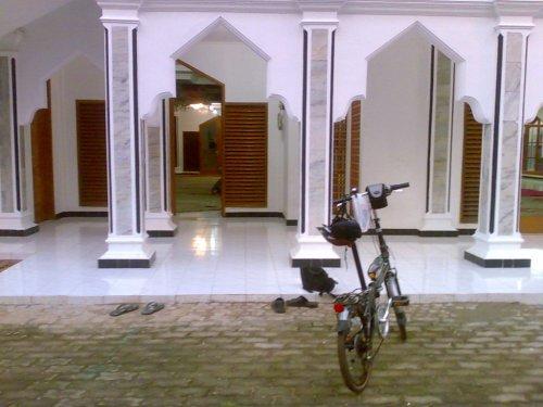 Tempat Training Terbaik - Masjid.
