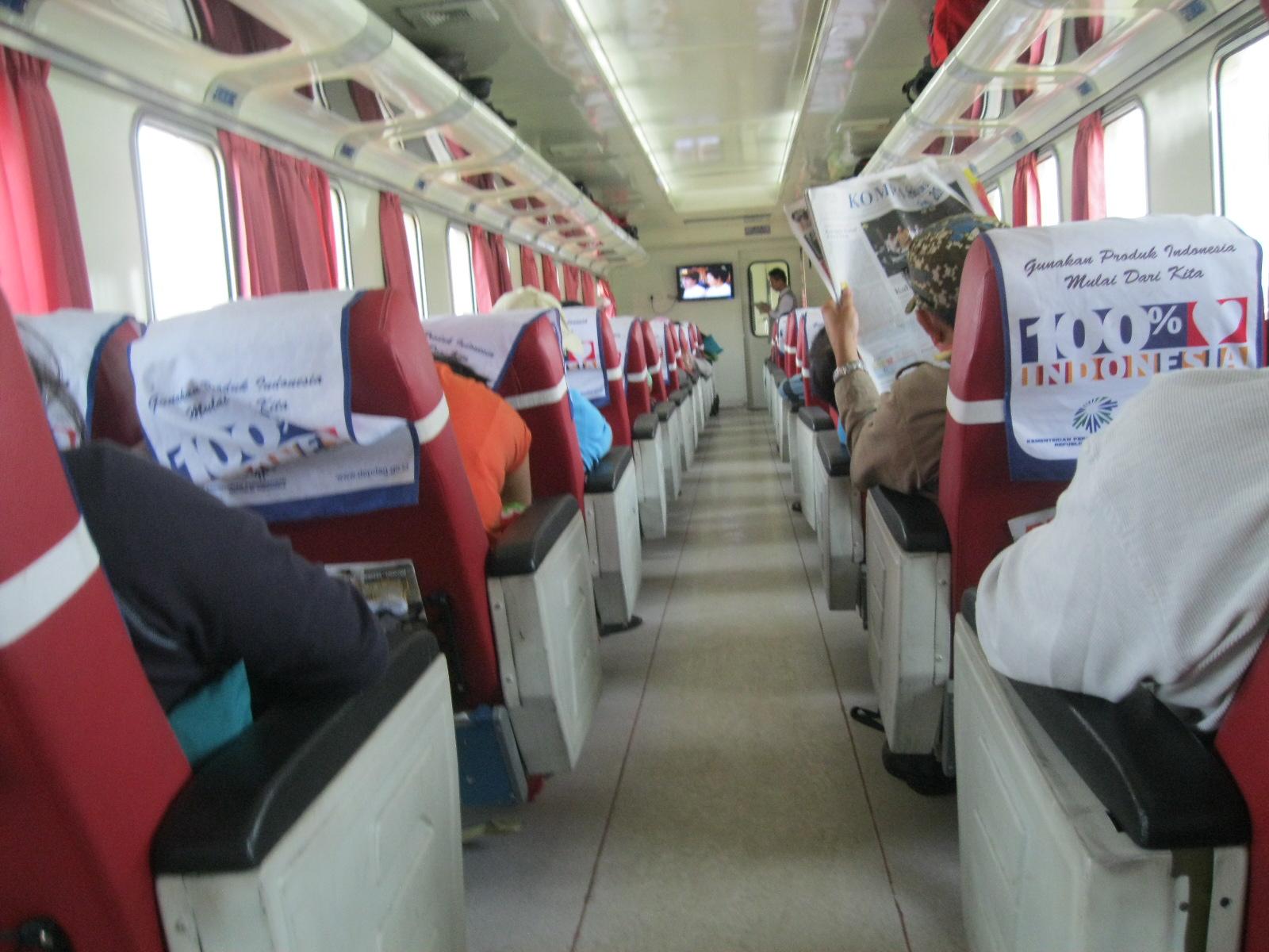 Foto di Dalam Kereta Api Banget di Dalam Kereta Api