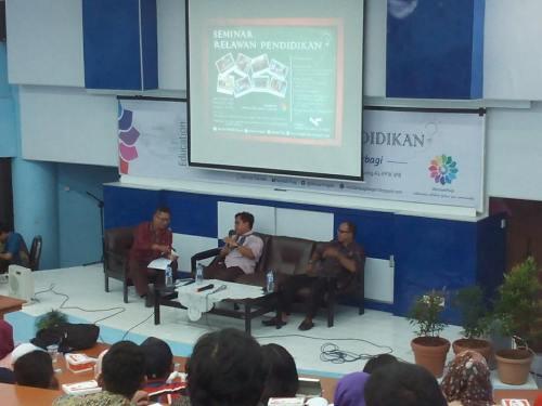 Seminar Relawan Pendidikan1