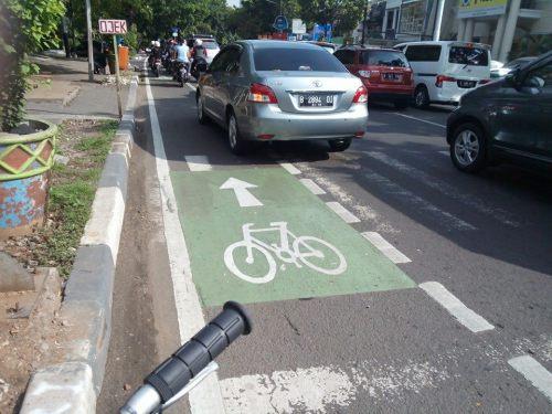 jalur sepeda Gunawarman